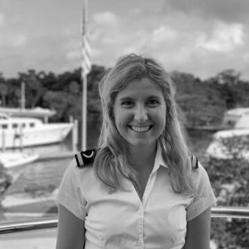 Katy Hannan, Third Stewardess